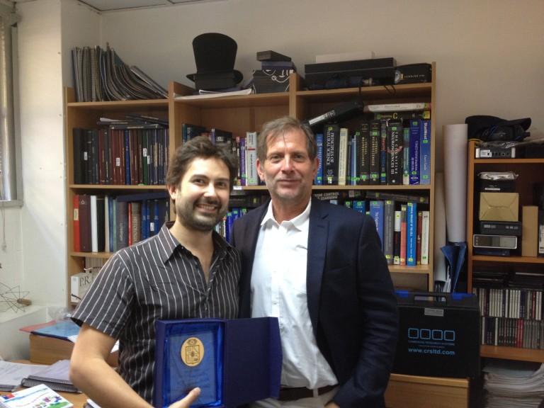 Leer más sobre el artículo Graduación del Dr. Jonathan Wimmer del Solar